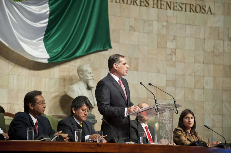 Gabino Cue Monteagudo (Informe de gobierno)