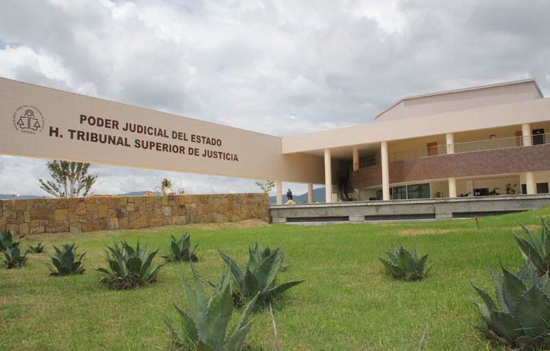 Instruyen a personal judicial sobre forma de tratar a losadolescentes