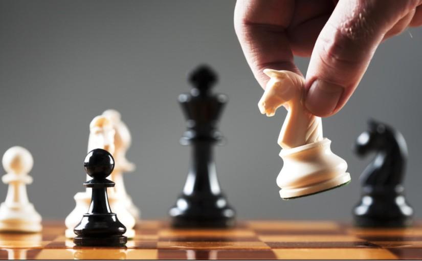 Del ajedrez aluniverso