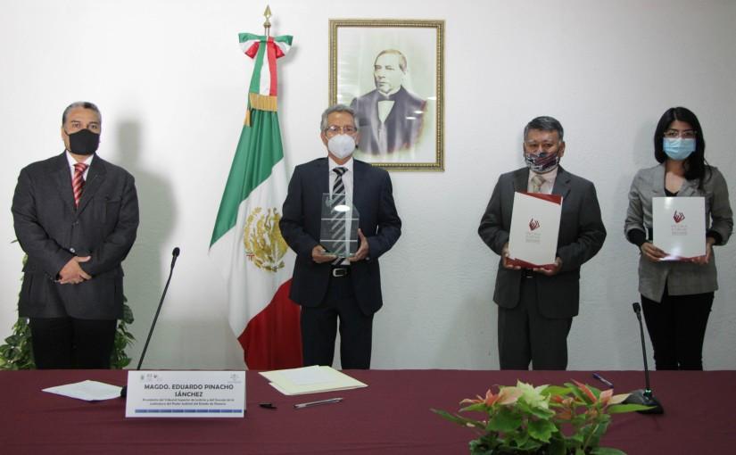 Egresados de Estudios de Especialización  Judicial reconocen apoyo delPJEO