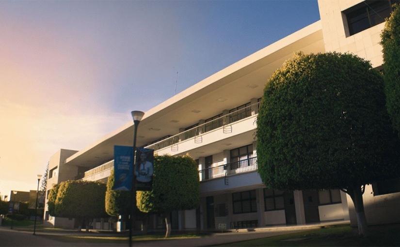 Lanza Universidad Anáhuac Oaxaca, programa de becas 2021 paraposgrado